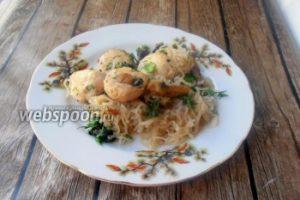Куриные фрикадельки с грибами и ширатаки